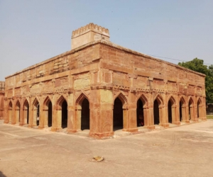 The Chunar Fort - where the famous 'Chandrakata' story was written