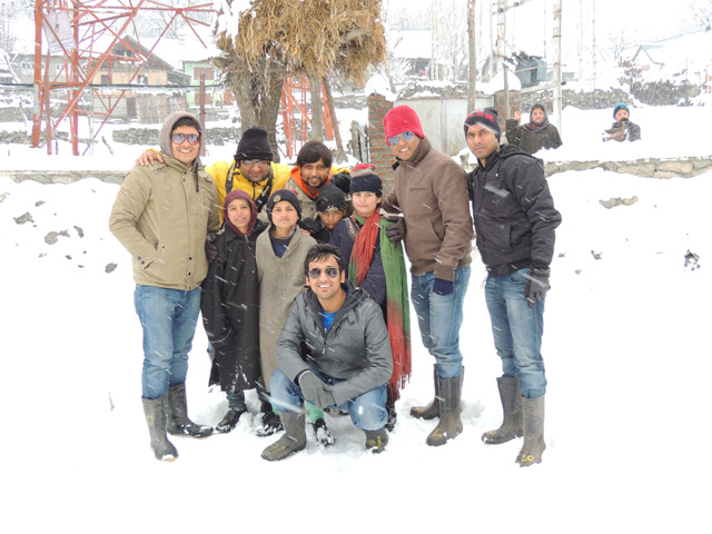 All of us with children in Sonmarg
