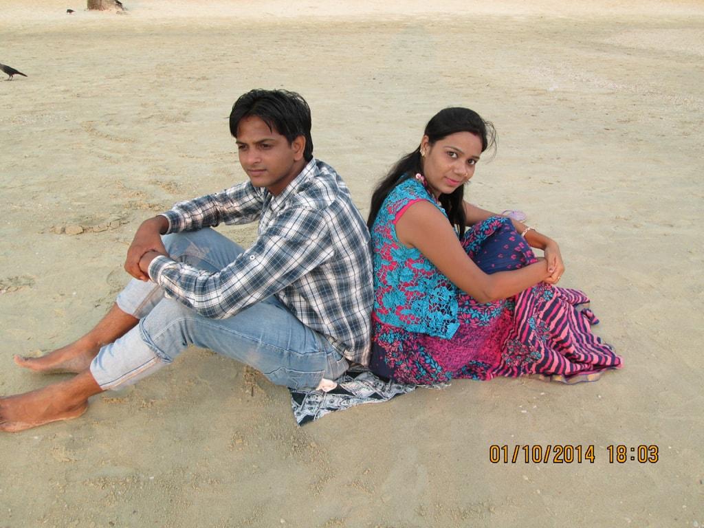 Mudit and Shweta at Colva beach