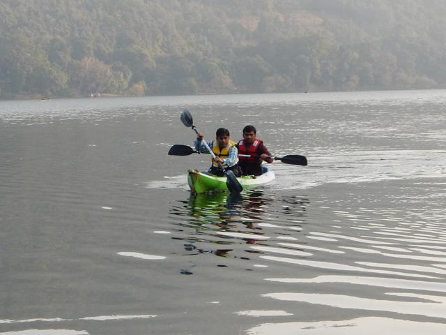 Kayak boating in Naukuchia Tal