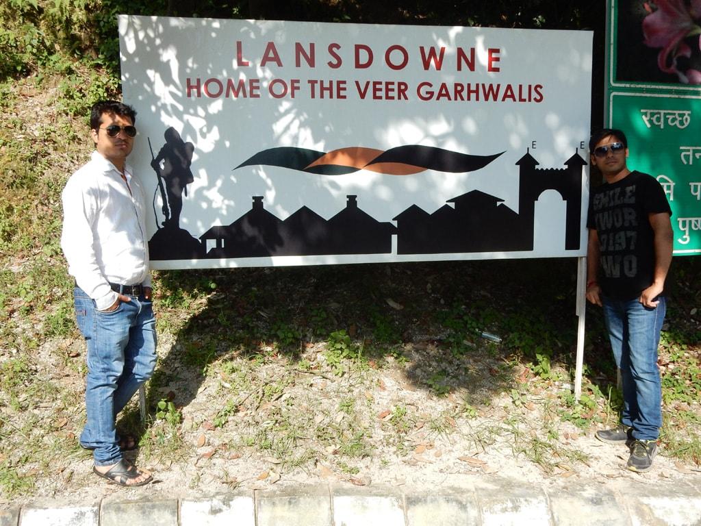 Mohit and Vivek near Thandi Sadak