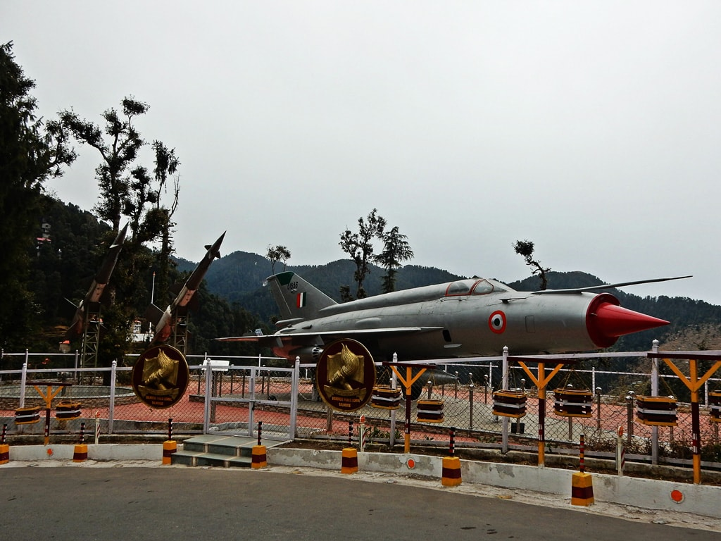 Roadside fighter plane model, Dalhousie