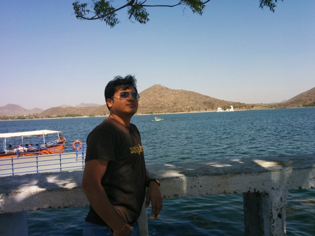 I at Fateh Sagar Lake