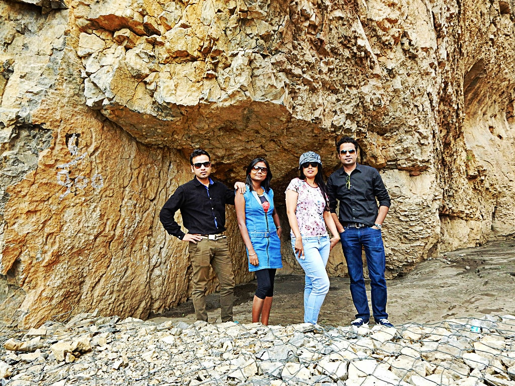 Saurabh, Ruchika, Shibba and Varun in between Tabo and Kaza