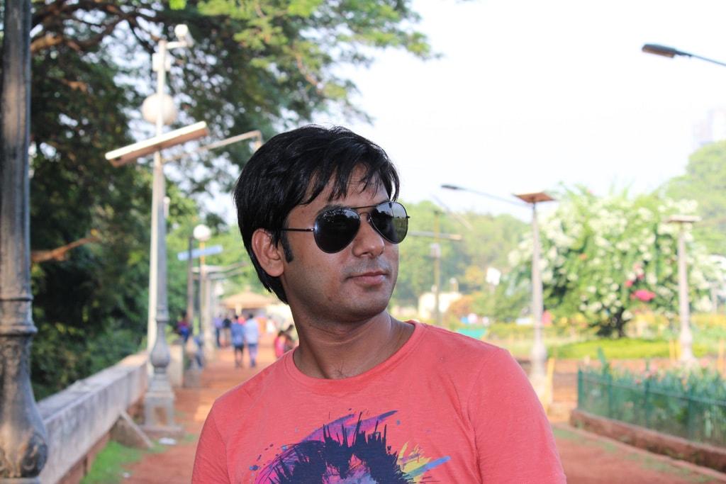 Vivek in Hanging Garden