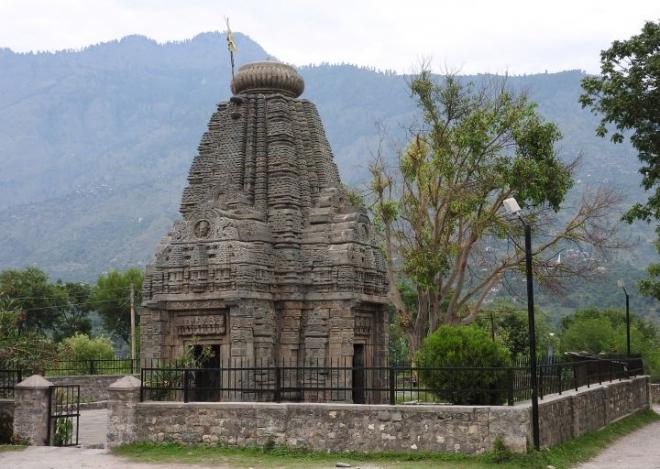 Basheshwar Mahadev Temple