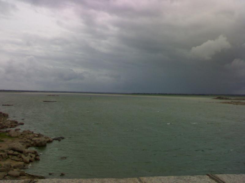 Osman Sagar Lake