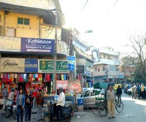 Kamla Nagar Market Delhi
