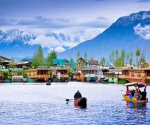 "IRCTC takes you to ""Paradise on Earth"" – Kashmir"